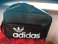 Vintage/Retro Adidas Adjustable Shoulder/holdall/bag Peter Black LABEL 1960/70's