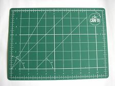 A4 DOUBLE SIDED SELF HEALING CUTTING MAT by So Crafty 300x220mm NEW Start £3.99