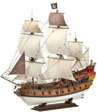 Queen Mary 2 Pirate Ship - Nave Pirata Veliero Plastic Kit 1:400 Model 05605