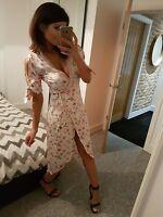 Stunning TOPSHOP Cold Shoulder Floral Satin Wrap Lace Trim Midi Dress! Size 14