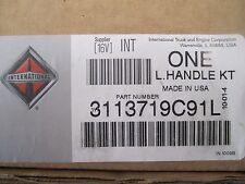 International Navistar Defense Vehicular Door Handle Kit LH p/n 3113719C91L New