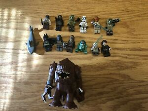 LOT OF LEGO FIGURINES MOSTLY STAR WARS