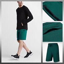 Nike Tech Fleece Estampado Shorts en Río Verde Azulado/Negro/Negro