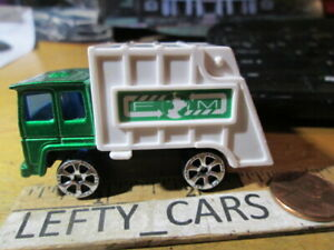 GREEN&White GARBAGE TRASH TRUCK SCALE 1/64 (#6039) LOOSE! NO BOX! - STOCK#5