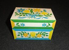Vintage Flower Recipe Box by SYNDICATE  MFG. CO. PHOENIXVILLE