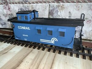 USA Trains/Charles Ro G Scale Conrail wood-sided Caboose, #5040 C-6.