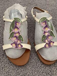 Authentic Dolce & Gabbana sandals - size 38