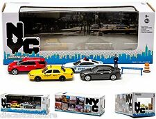 NEW YORK CITY NYC NYPD 7 PIECES TRAFFIC SCENE DIORAMA 1/64 BY GREENLIGHT 56090