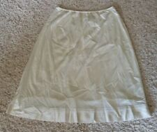 """Vintage Sears the doesnt Slip Size Large tall length 25"""" long anti cling"""