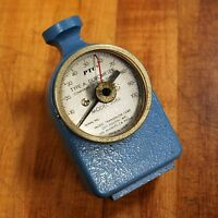 PTC 306L Durometer Hardness Gauge with Case. - USED