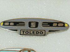 Seat Toledo Lapel Pin, Seat Auto Automobile Pin,   *(**)