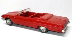 Vintage 1/25 Scale 1962 Buick Electra 225 Convertible Promo Car Model