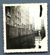 Pays Bas, Amsterdam  Vintage silver print.  Tirage argentique d'époque