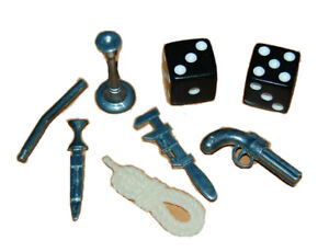 2002 Clue Board Game COMPLETE SET of 6 Replacement Weapon Pieces & 2 DICE