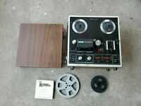 AKAI 1721W Reel to Reel Four Track Stereophonic Player/Recorder w Original Cover