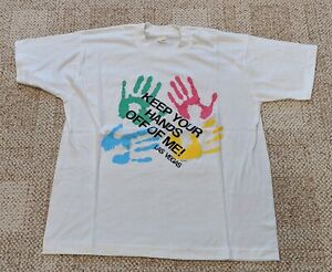 """Las Vegas Novelty T-Shirt: """"Keep Your Hands Off Of Me"""" - Excellent Condition!"""