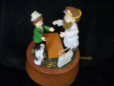 V 00004000 intage wood Music box doctor patient spoonful of sugar Musical Taiwan Euc works