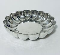Pretty Antique Solid Sterling Silver Bonbon Dish Sugar Bowl with Scalloped Edge
