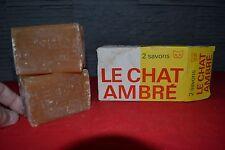 Boîte ancienne cartonnée complète de 2 savons LE CHAT AMBRE (Années 60)