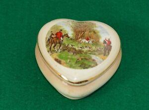 PALISSY HEART SHAPED TRINKET BOX