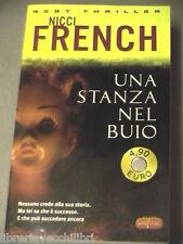 UNA STANZA NEL BUIO Nicci French Super Pocket Best thriller 90 2005 romanzo di