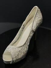 New Menbur Women's White Crochet Open Toe Pumps Size US 10 M / EUR 40