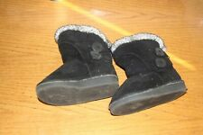 Toddler winter boots, size 6,