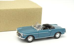 Norev SB 1/43 - Fiat 1500 Cabriolet Bleue