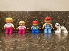 LEGO DUPLO FAMILY PEOPLE FIGURES MOM DAD SON DAUGHTER & FAMILY DOG