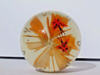 EXCEPTIONAL VINTAGE UNSIGNED ART GLASS BUTTERFLY & LILLY FLOWER PAPERWEIGHT