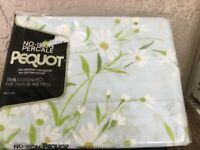 VINTAGE PEQUOT NO-IRON PERCALE TWIN FITTED SHEET DAINTY DAISY FLOWERS USA