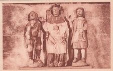 HEULGOAT 66 l'église statue de saint-yves