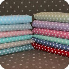 """Quilting Fat Quarters, Bundles Less than 45"""" Spotted Fabric"""