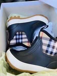 Burberry Plaid Children's Rain Boots Size EU 23/UK 6/ US 7