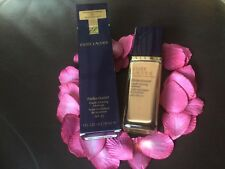 ESTEE LAUDER Perfectionist Youth-Infusing Make Up - 5C1 RICH CHESTNUT - NEW