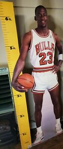 MICHAEL JORDAN 1987 LIFE SIZE MEASURE UP CARDBOARD CUT OUT STANDEE WITH PLASTIC