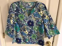 Woman's Talbots size small petite blue multicolored v neck cotton tunic top