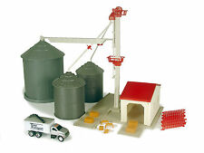 1/64 ERTL FARM COUNTRY GRAIN FEED SET #12924