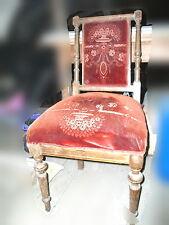 Original alter Gründerzeit Stuhl mit original altem roten  Stoff