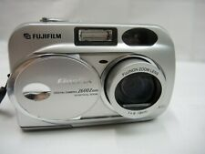 Fuji FujiFilm FinePix 2600 Zoom Digital Camera 2 Megapixels, 3x Zoom Lens-AS IS