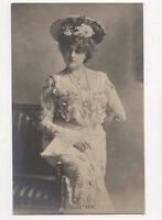 Guenther Vintage RP Postcard Austria Soprano 322a