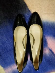 Size 8 Coach Black Patent Leather Pointed Toe Classic Pumps High Heels Shoes