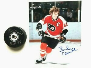 Philadelphia Flyers Bobby Clarke Autographed Photo and Signed Puck