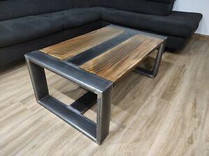 Tavolino stile industrial. Tavolino legno, ferro, salotto, divano.