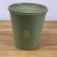 Tupperware Green Servalier Canister 805-3 With Green Lid 806-3 Vintage