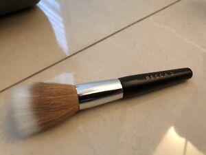 BECCA COSMETICS Polishing Brush**#57**Brand New in sleeve