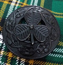 "Men's Highland Kilt Fly Plaid Brooch Large Irish Shamrock Black Finis 3""/Scottis"