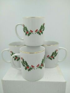 Mervyn's Fine Porcelain Hand Decorated Christmas Holly Coffee Mugs (4) Japan