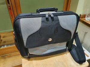 """Dell Luxury 17"""" Laptop Carry Case"""