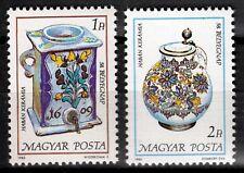 Ungarn 3783-84 A **, Blumenkeramik